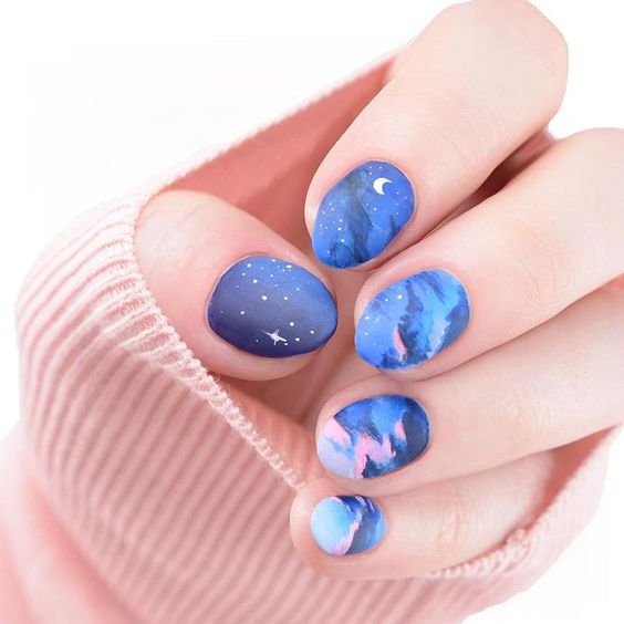 Starry night nail art, blue
