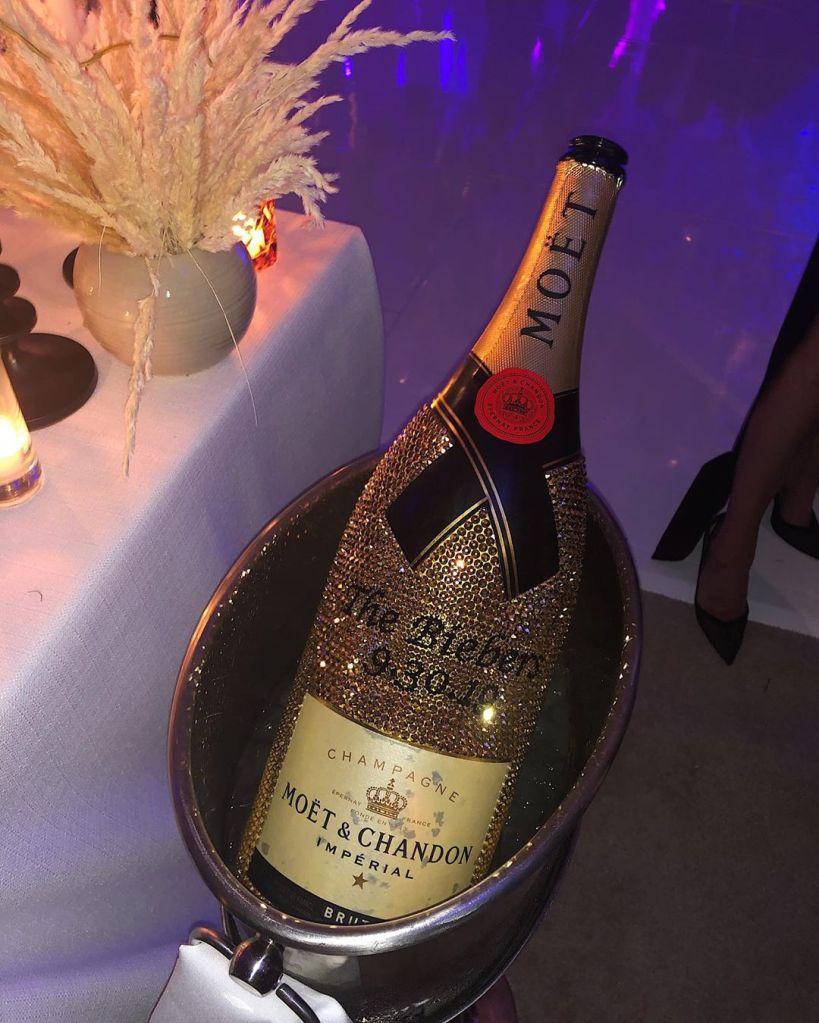 Justin Bieber and Hailey Bladwin diamond champagne wedding