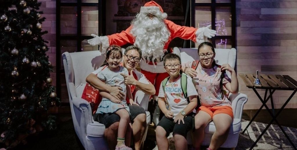 Christmas Wonderland at Gardens by the bay Santa's workshop