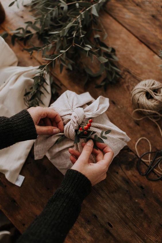 Furoshiki, eco-friendly and reusuable fabric gift wrap